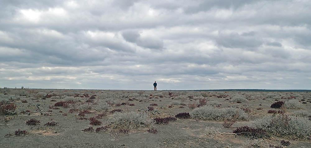 Damon Ramsey in desert